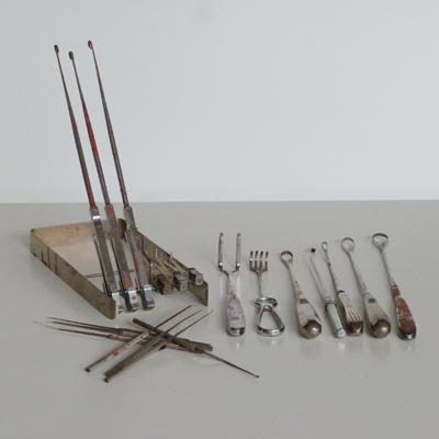 E0.2.C1.2.soporte-para-intrumental-quirurgico-e-instrumental