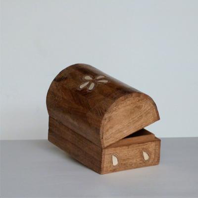 E6.2.4.baul-de-madera