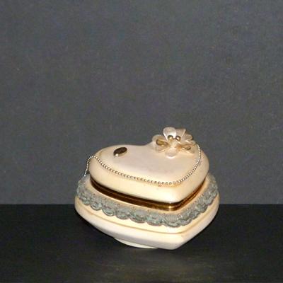 E6.4.2.caja-corazon