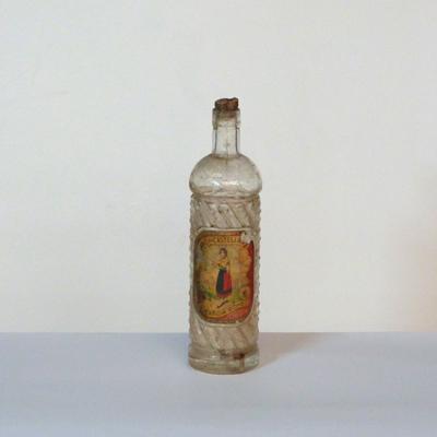 E7.1.20.botella-de-anis