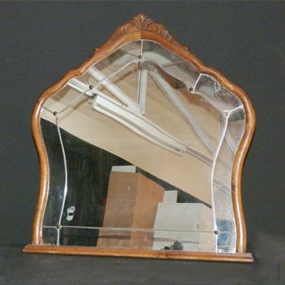 P1.42.espejo-con-tachuelas