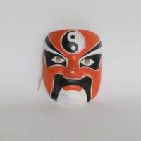 P2-EB-4-2-mascara-oriental-rojo-blanco-y-negro