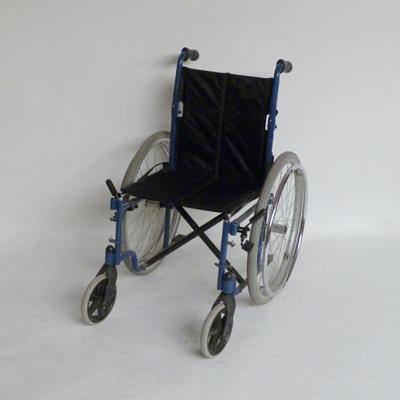 P2.17.silla-de-ruedas-azul-