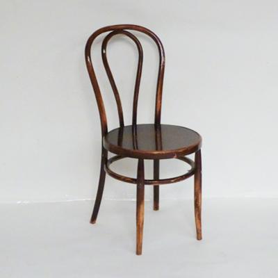 Silla de madera con asiento de madera tipo cabaret el for Sillas tipo bar en madera