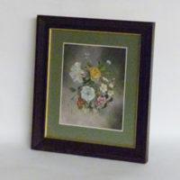 P4-c23-cuadro-de-flores-paspartout-verde-marco-madera