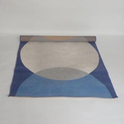 Ref.AL.5.alfombra-azul-con-circulos
