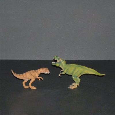 Ref.E10.1.6.dinosaurios-de-plastico