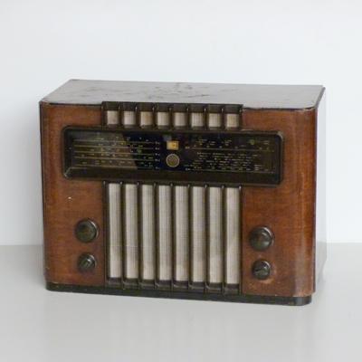 Ref.E16.3.1.radio-antigua