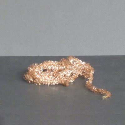 Ref.E27.4.7.espumillon-dorado-estrecho