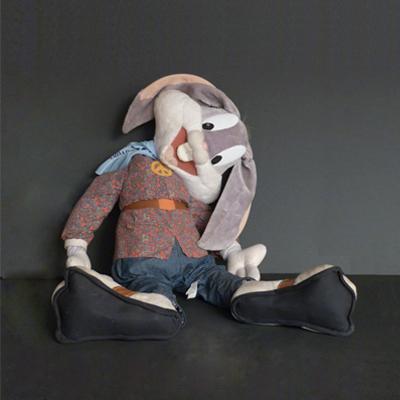 Ref.P1.J2.peluche-bugs-bunny