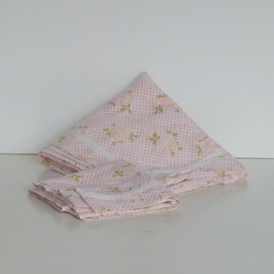 Ref.TC8.2.sabana-rosa-con-flores-cama-135