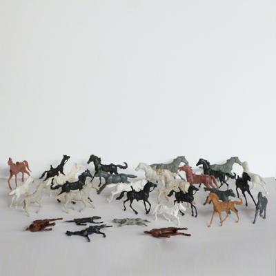caballos-plastico