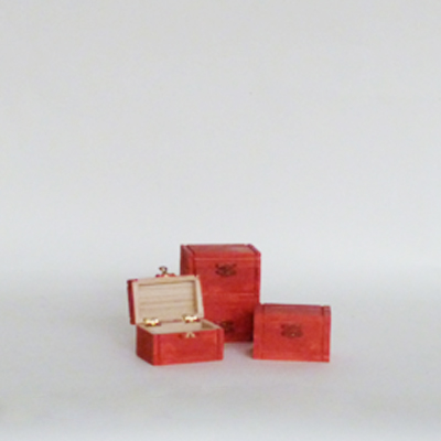 mini-cajas-madera-rojas