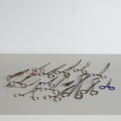 pinzas-separadores-quirurgicos
